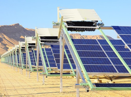 Ecoppia-Israel-Self-Cleaning-Solar-Park